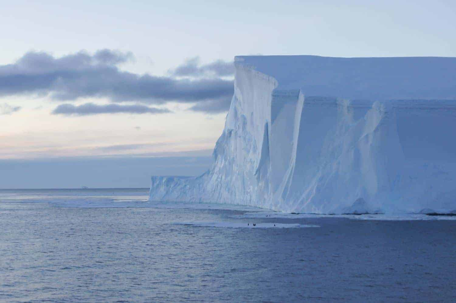 What is it like living in antarctica vagrants of the for Can you visit antarctica