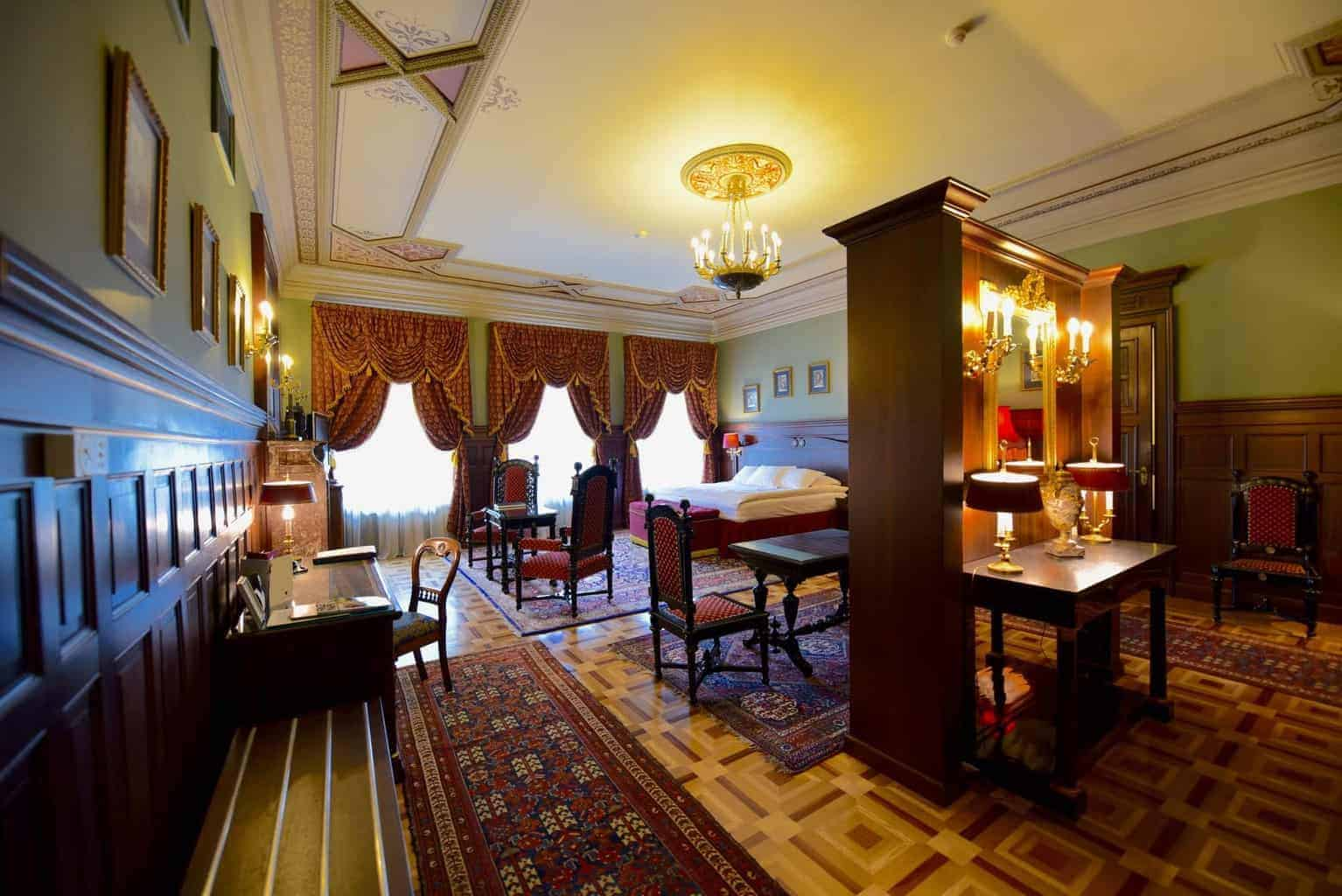Gallery Park Hotel, Riga Latvia Royal Suite