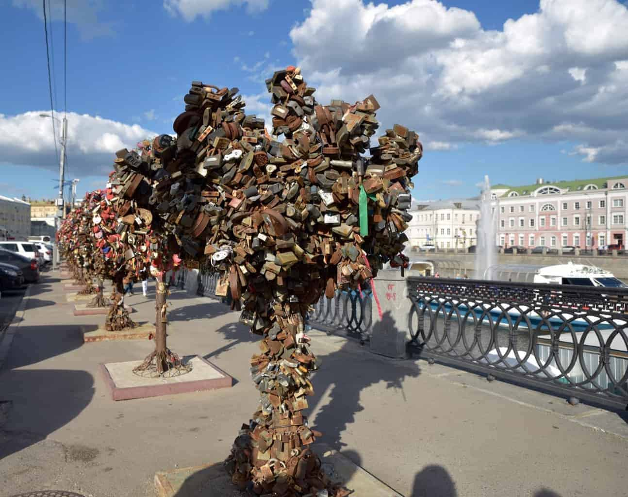 Love Lock Trees Of Moscow. Free things to see and do in Moscow