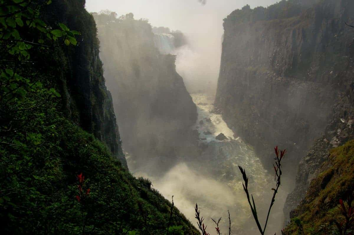 Must See Natural Wonders of The World - Victoria Falls