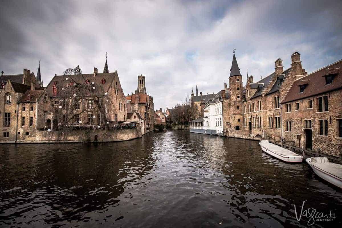 What to do in Bruges in one day. Boat tours