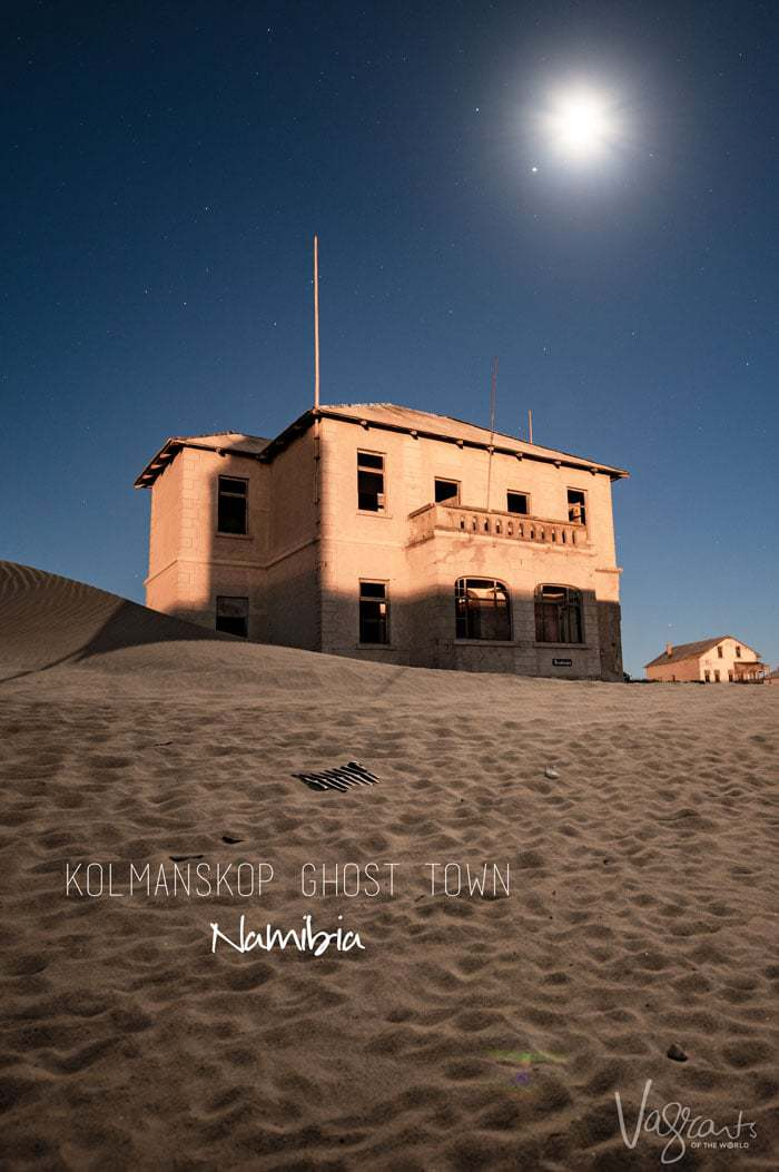 Planning a trip to Kolmanskop Ghost Town? Get these handy photography tips before you go.