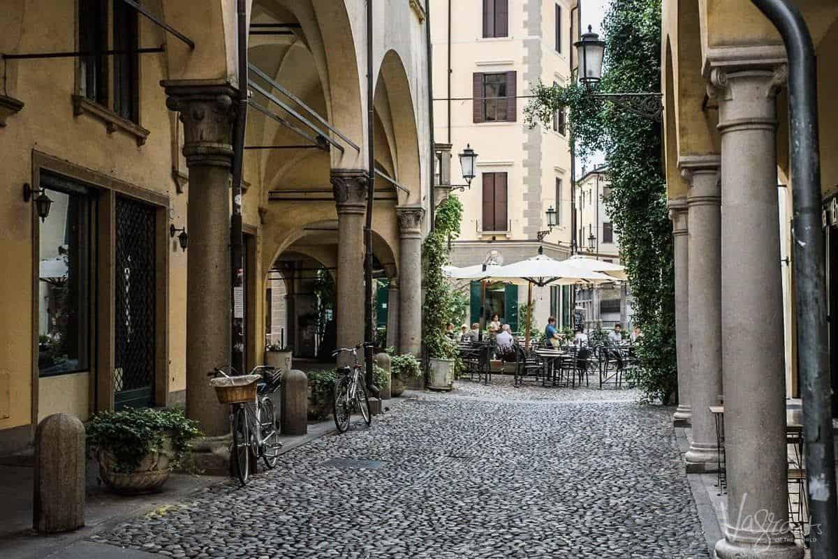 Charming cobblestone streets in the Padua Jewish Quarter.