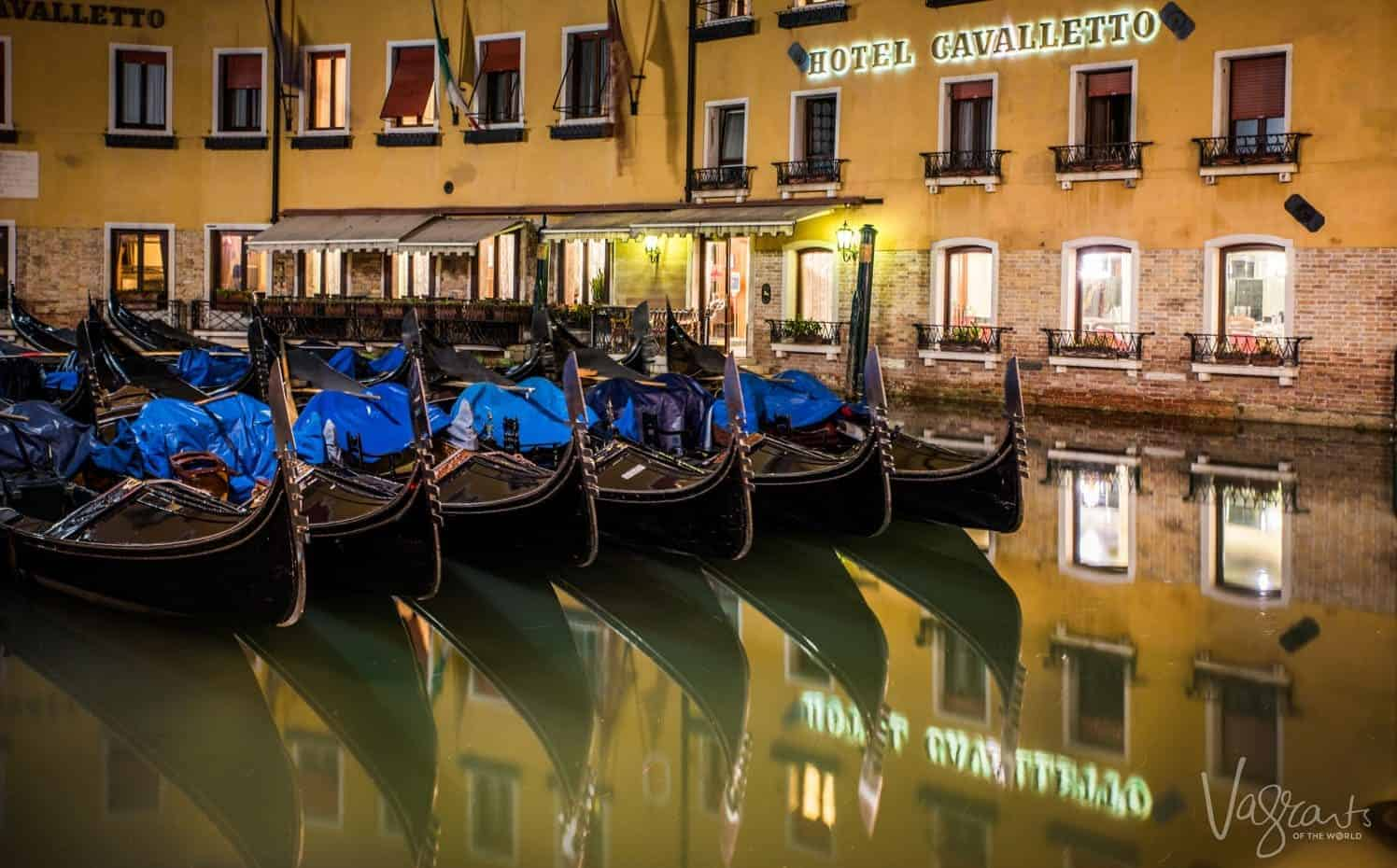 Five day Venice Itinerary - Gondolas at night