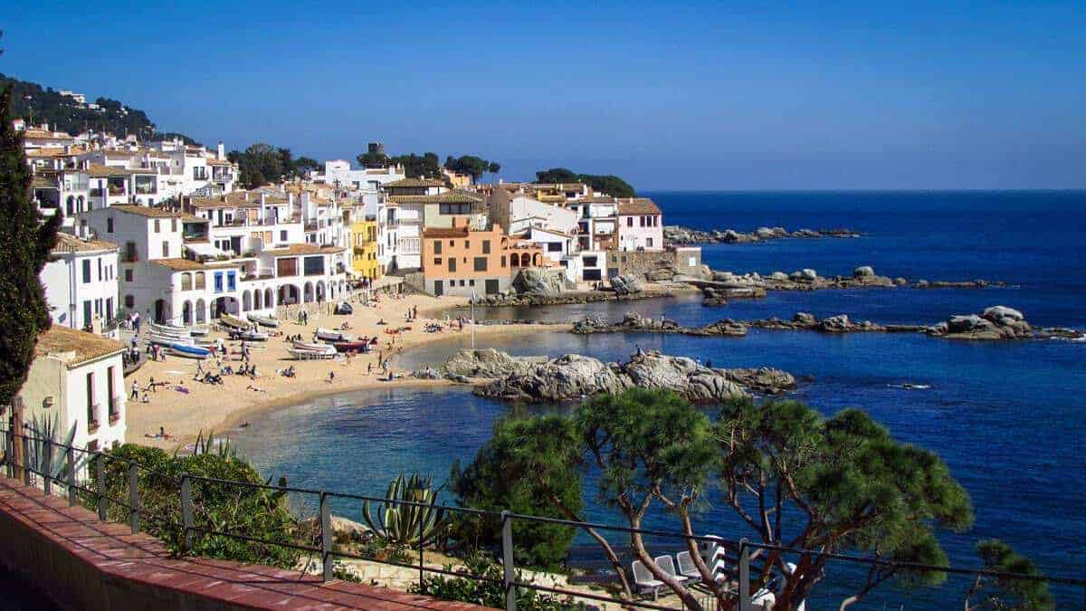 Latest Travel Scams to Be aware of in Costa Brava Spain