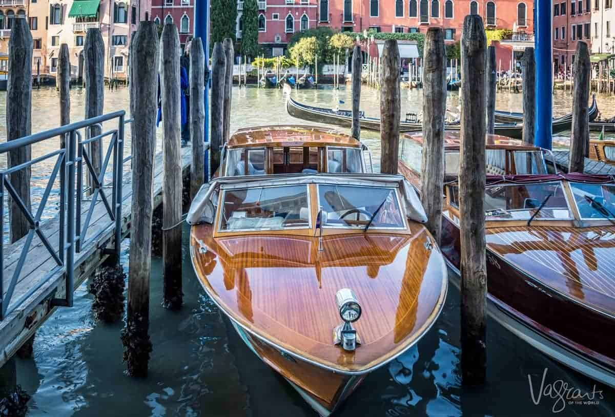 Looking for a unique gift for travel lovers? How a bout a private Venice water taxi transfer from the airport
