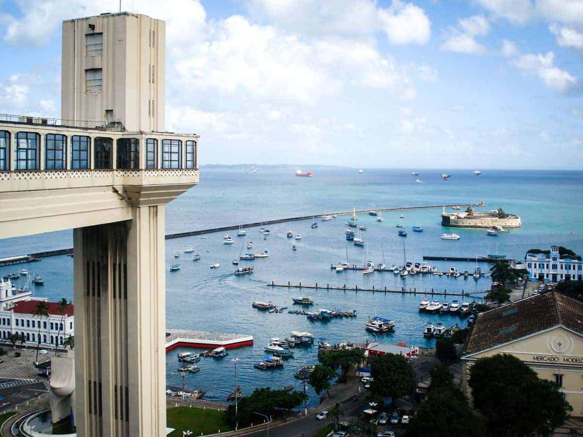 Lacerda Elevator overlooking boat filled harbour.
