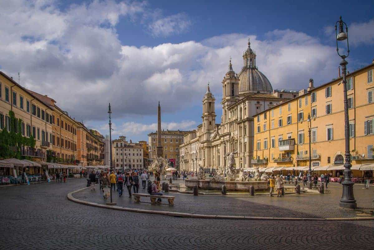 Cobble stoned streets lined with stalls in Piazza Navona, Rome.