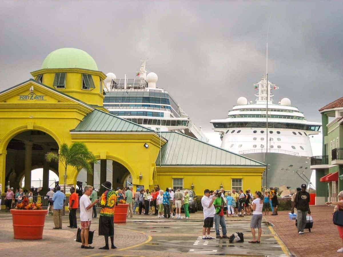 Carribbean cruise port - Staying safe in port on shore excursions is especially important on a cruise. Be mindful of pickpockets