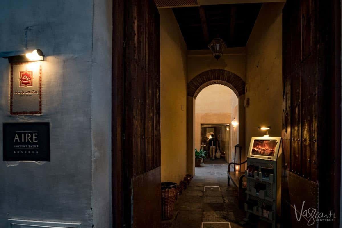 Aire de Sevilla Arab baths entry area and menu.