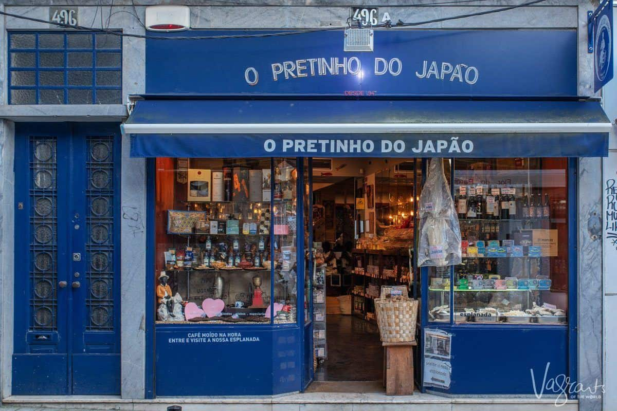 Behind the blue shopfront of O Pretinho do Japao filled with deli delicacies and you would find a hidden garden.