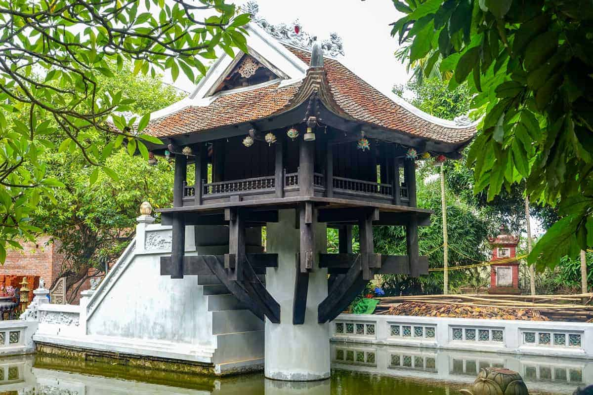 An unusual thing to do in Hanoi is to visit this Pagoda than stands on only one pillar.