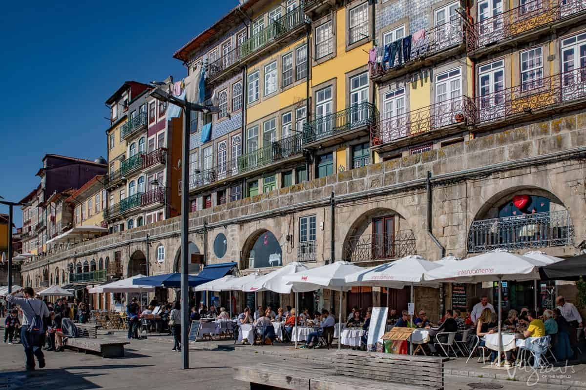 Restaurants line the waterfront in Ribeira Porto