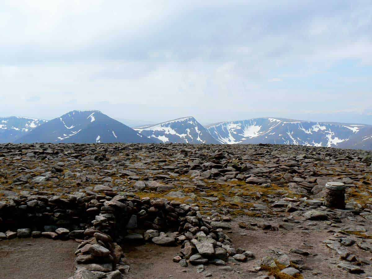 Hiking trail Carn Toul and Braeriach from Ben Macdui, Scotland