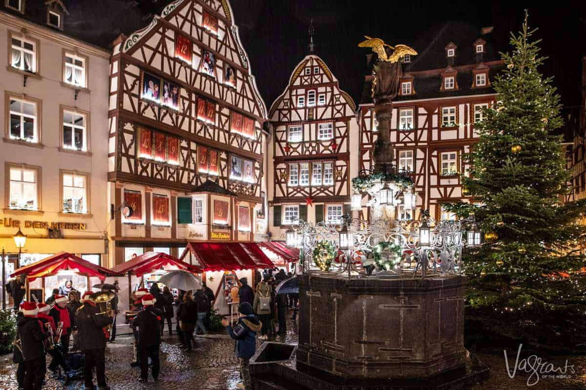 Bernkastel town square and Christmas markets