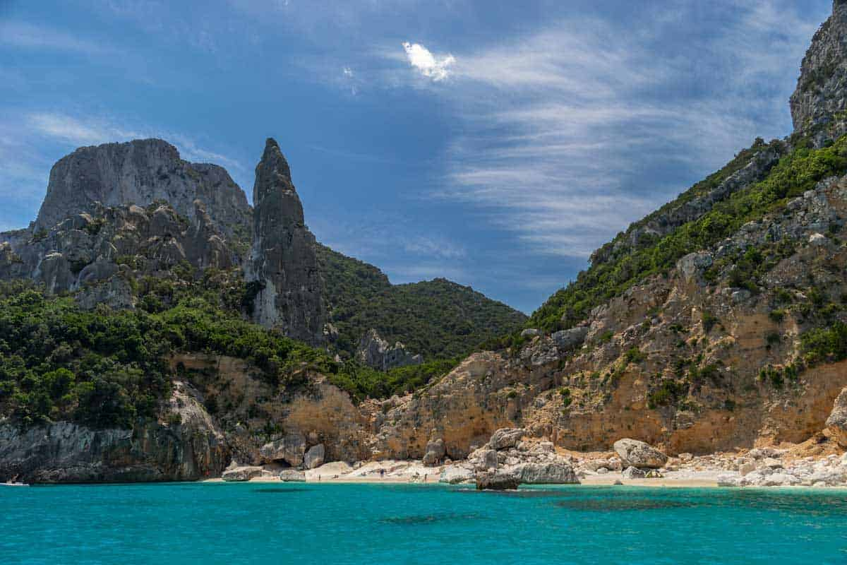 The best beaches in Sardinia are still possible to enjoy all to yourself. Take a boat cruise and relax in secluded quiet bays like this.