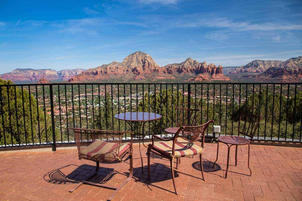 Cafe overlooking the desert in Sedona