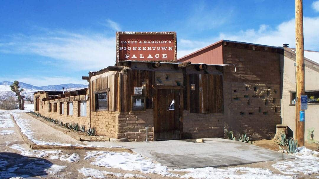 Pappy's & harriets is one of the most popular places to eat in Joshua tree