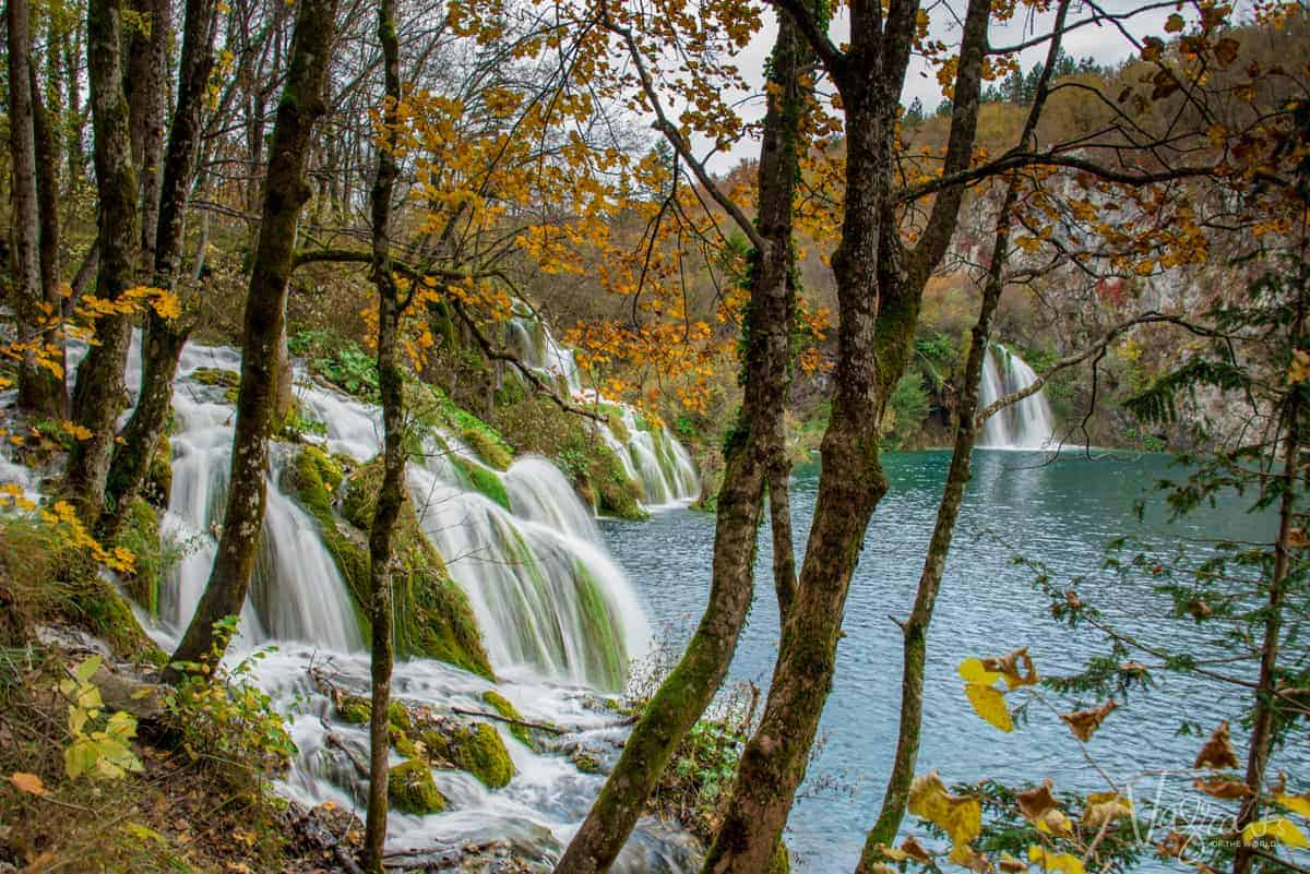 Streams spilling into Plitvice Lake in fall.