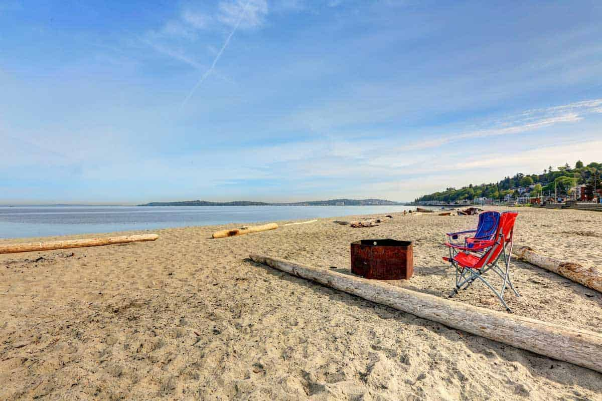 Deck chairs and a picnic basket just waiting for a summer picnic on Alki Beach.