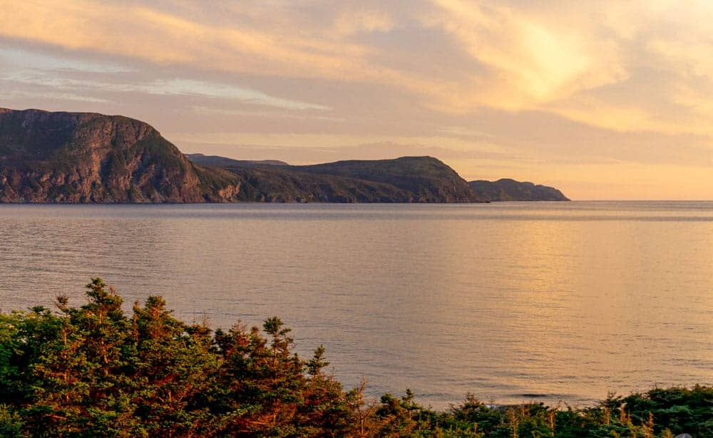 Viking trail leads along the coast in Gros Morne National Park