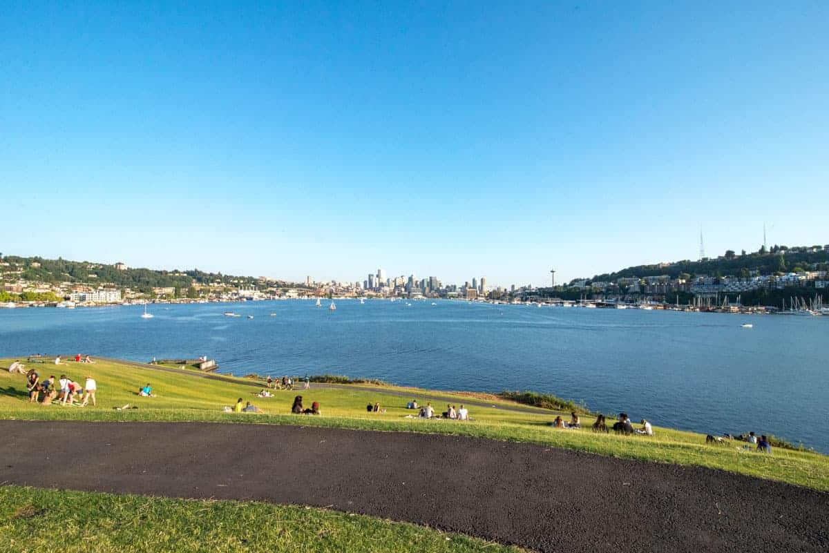 Gas Works Park on lake Union is a great place for a picnic in Seattle.