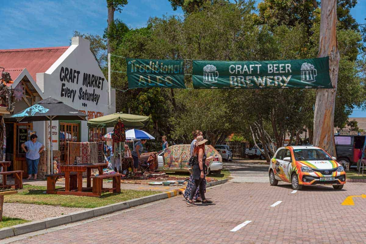 People enjoying the best craft market and craft beer brewery in Sedgefield.