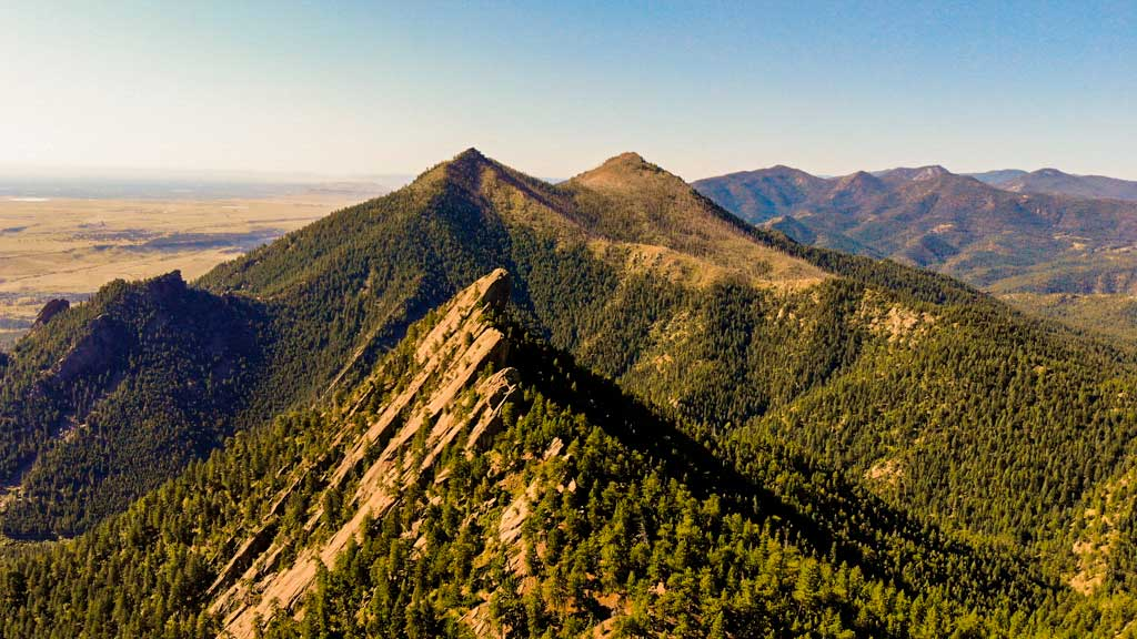 Looking accross the peaks of Green Mountain Boulder Colorado.