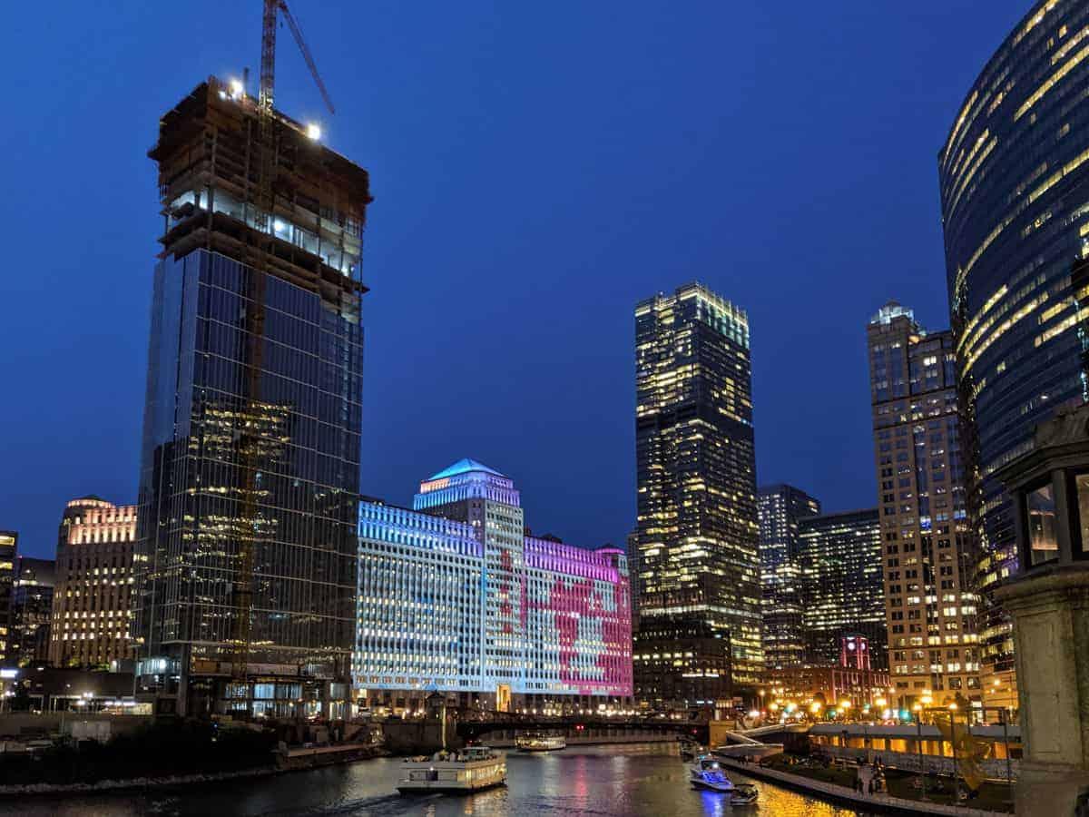 Chicago city skyline lit up at night.