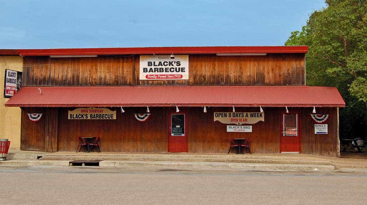 Blacks barbecue in Lockhart Texas.