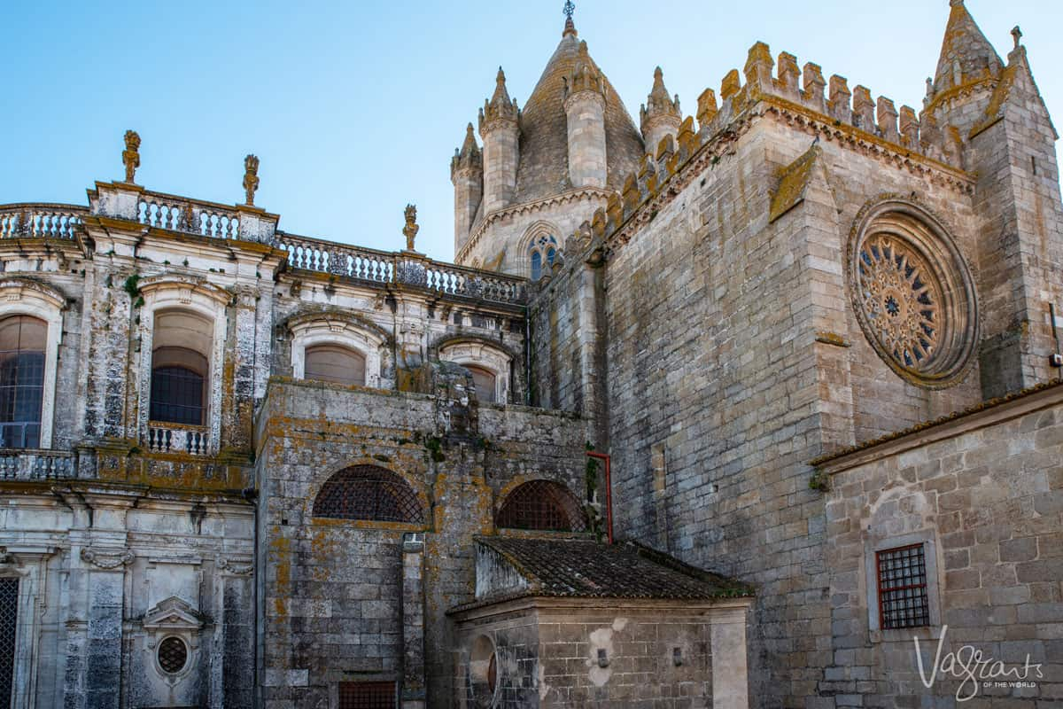 The exterior of the Evora Cathedral