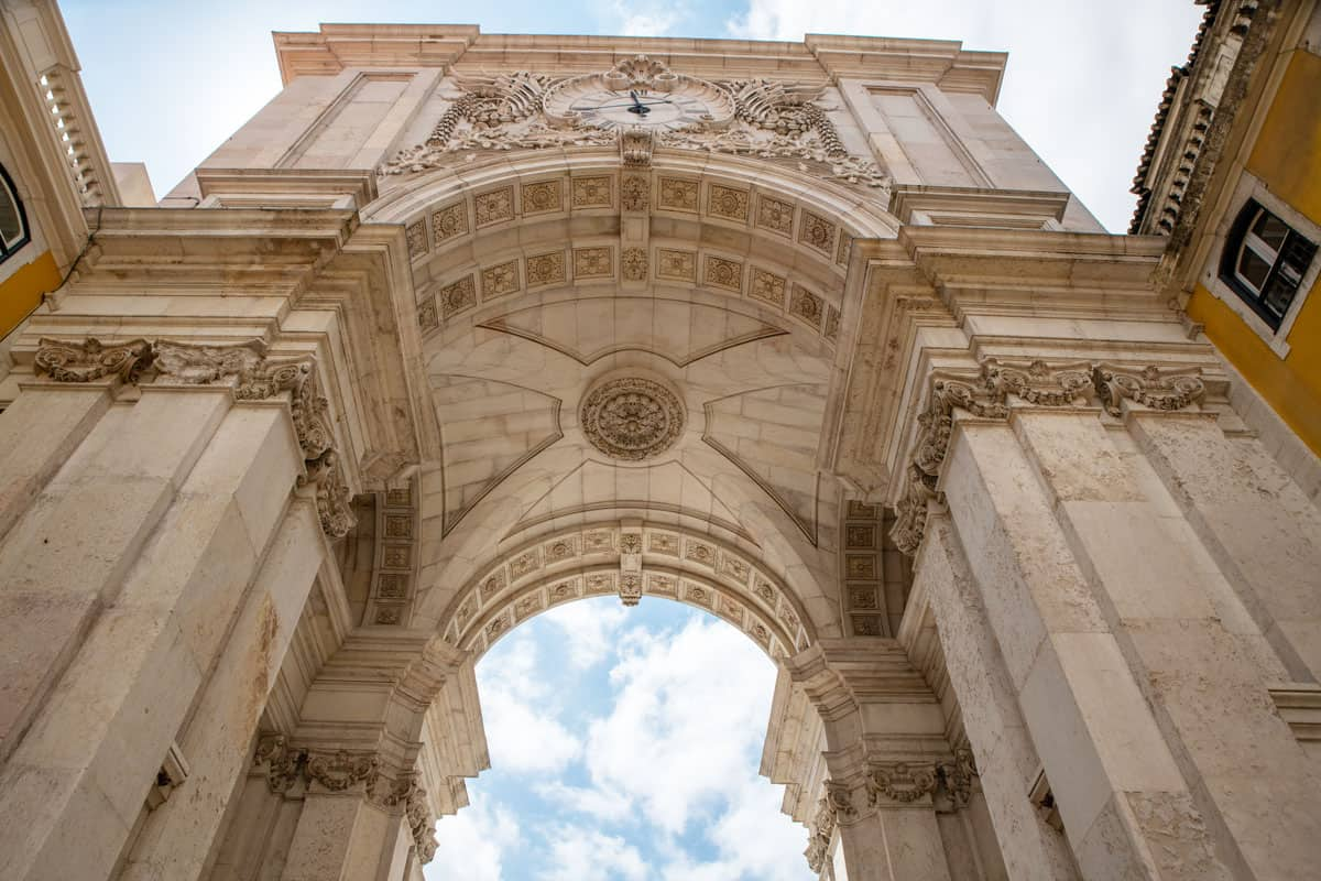Looking up at the Triumph Arch in Lisbon.