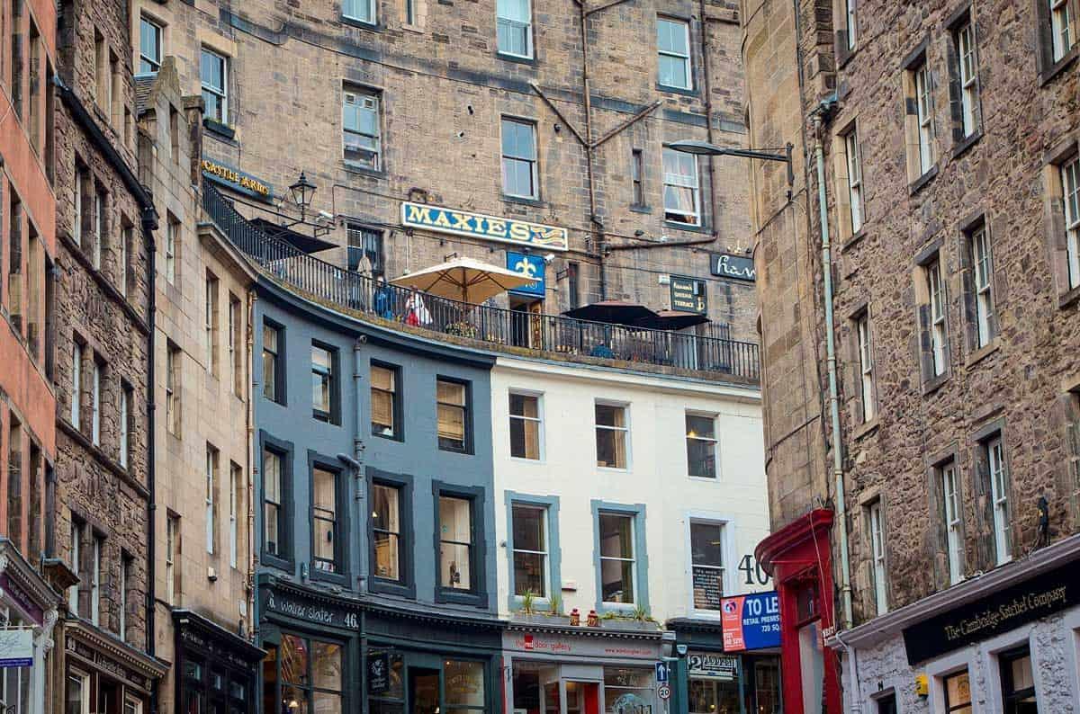 Victoria street in Old town Edinburgh.