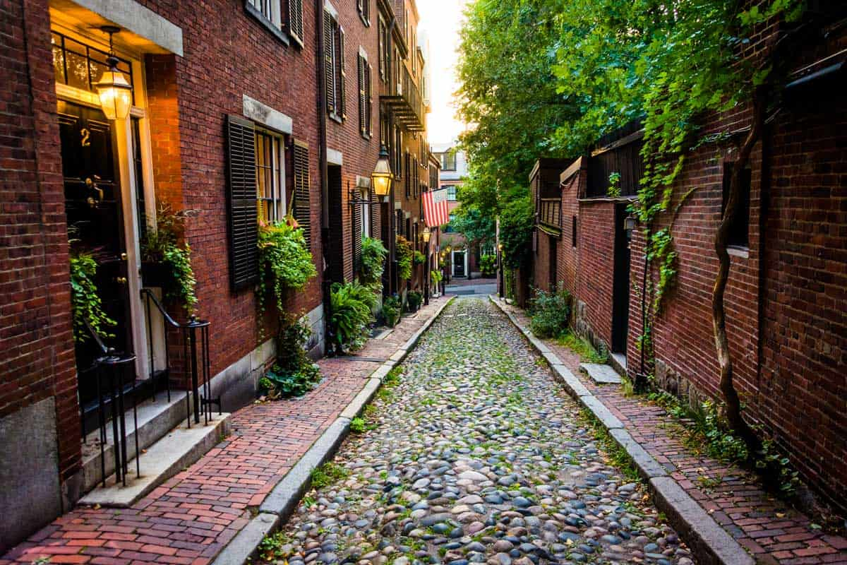 Fancy historic houses on a cobblestone street in the old area of Boston.